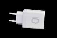 23714 Сетевое зарядное устройство Qumo Quick Charge 3USB